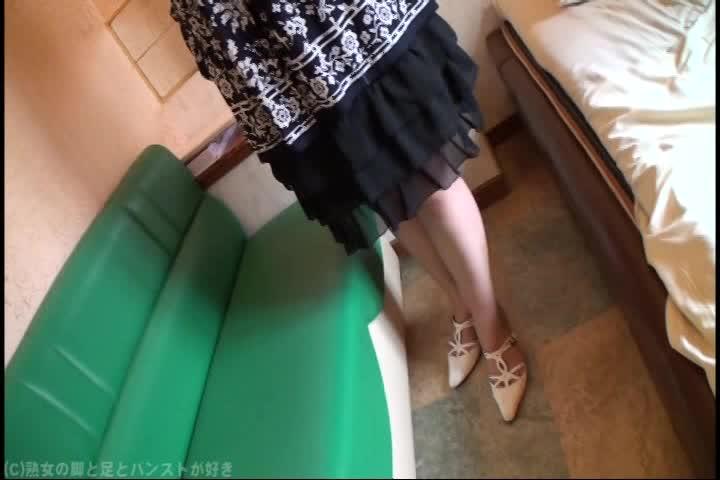 四十路垂れ美巨乳&イソジ豊満主婦ハメドリ☆☆[ストッキングマニア]